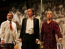 Z inscenace Cirkus Havel aneb My všichni jsme Láďa - Divadlo Husa na provázku,