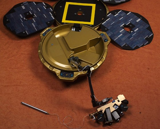 Britská sonda Beagle 2, která se odmlčela po přistání na Marsu v roce 2003