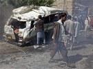 Následky atentátu na západním předměstí Kábulu (7. srpna 2012)