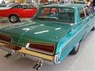 Výstava amerických aut na �erné louce v Ostrav�: Dodge Polara 1967, �ty�dvé�ový...