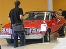 Výstava amerických aut na �erné louce v Ostrav�: Ford Grand Torino, motor V8,...