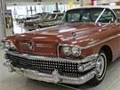Výstava amerických aut na �erné louce v Ostrav�: Buick Special 1958,...