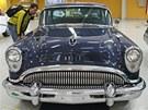 Výstava amerických aut na �erné louce v Ostrav�: Buick Special 1954,...
