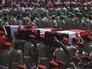Pohřeb 16 egyptských vojáků zabitých ozbrojenci na Sinaji (7. srpna 2012)
