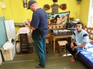 ��edn�ci kontroluj� domy v romsk�m ghettu na P�edn�dra�� v Ostrav�-P��vozu. (6.