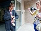 �editel Czechinvestu Miroslav K��ek se p�ed p�l t�et� vr�til do budovy, kde od
