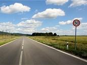Naprostá většina průmyslové zóny v Holešově zeje prázdnotou, mezi investory je