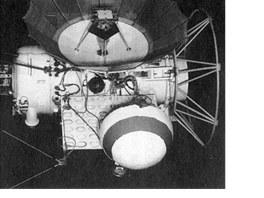 Zond 2, která zřejmě proletěla kolem Marsu 6. srpna 1965. V té době už ovšem se