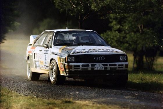 Leo Pavl�k na Barum rallye v roce 1986 s tov�rn�m speci�lem Audi.