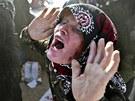 �IVOT V TROSKÁCH. Iránské �eny oplakávají své mrtvé ve vesnici Varzakán v...