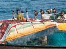 Z�sah proti som�lsk�m pir�t�m (13. srpna 2012)