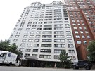 Střešní byt o rozloze 280 metrů čtverečních stojí na Manhattanu na 72. východní...