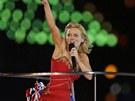 Geri Halliwellov� ze Spice Girls na z�v�re�n�m ceremoni�lu olympi�dy (12. srpna 2012)