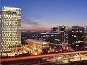 Designov� Qbic hotel je v budov� World Trade Center.
