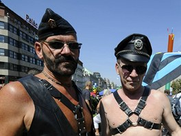 ��astn�ci pochodu Prague Pride se se�li na V�clavsk�m n�m�st�.