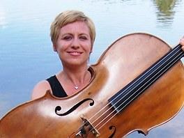 Dorota Barová