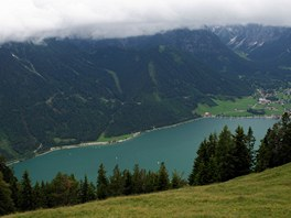 Pohled od místa Durrakreuz, kde obvykle startují vyznavači paraglidingu na