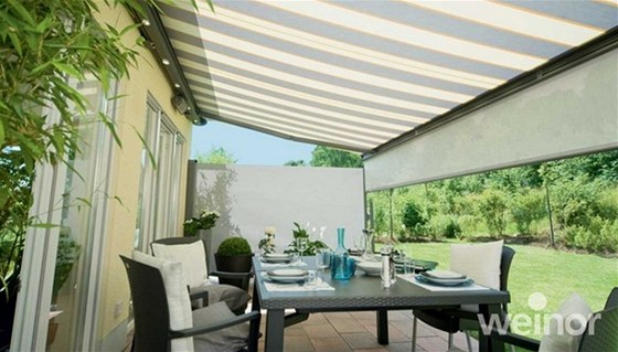 S markýzou si na terase užijete klid a pohodu i během horkých slunečných dní.