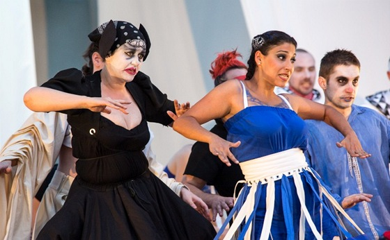 Z komické opery Divadlo za bránou