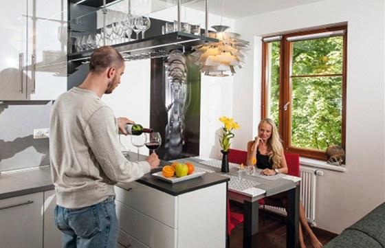 Nejrychleji se majitel podle svých slov rozhodl pro kuchyni, volba bílého laku
