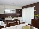 Otevřený obývací pokoj propojený s jídelnou a kuchyní (Hanák) doprovázejí