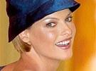 Linda Evangelista na přehlídce značky Chanel pro podzim a zimu 1996/97.
