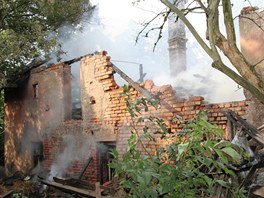 V usedlosti v Javornici na Rychnovsku hořelo dvě noci za sebou. (21. a 22. 8.