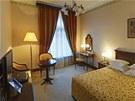 Nejlevnější pokoj v ceně 15 tisíc rublů za noc.
