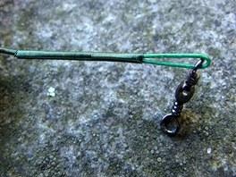 Způsob upevnění obratlíku na lanku