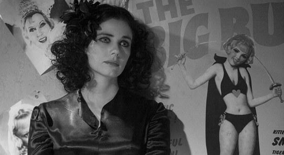 Tragický příběh Elizabeth Shortové se dočkal zfilmování. Ve filmu Černá jiřina...