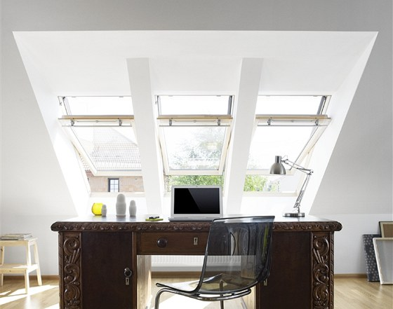 St�e�n� okna mohou b�t �azena do sestav jak nad sebou, tak vedle sebe.
