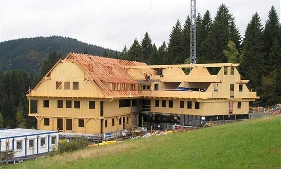 Montovaný dům z celodřevěných panelů