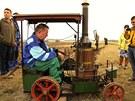 Organizáto�i p�edvedli nejstar�í zp�sob orby parními stroji, které zastupoval...