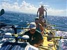 Liam Stevenson se sedmi dalšími veslaři překonal na jaře 3 000 mil za 34 dní.