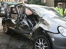 Opilý řidič vjel v Olomouci navzdory varovné signalizaci na přejezd, kde vůz