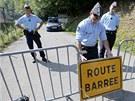 Francouzská policie uzavírá místo činu před veřejností (7. září 2012)