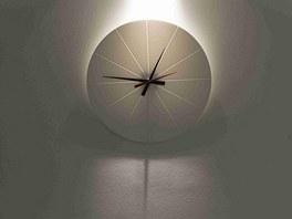 Zna�ka Prim a hodiny z corianu