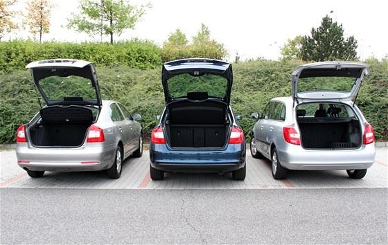 Škoda Rapid se v nabíidce automobilky zařadí mezi menší fabii (vpravo) a