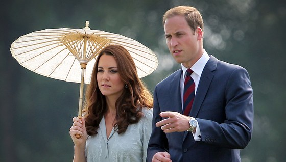 Kate a William jsou pr�v� na cest� po D�ln�m v�chod�.