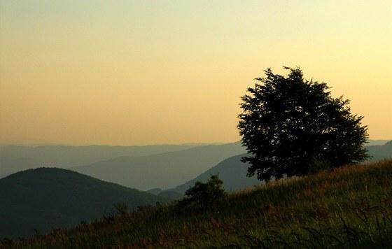 Z�pad slunce nad rumunsk�m Ban�tem