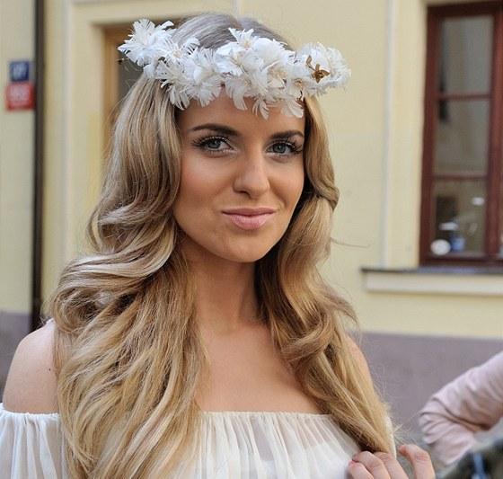 Gabriela Gunčíková během natáčení videoklipu Černý anděl.