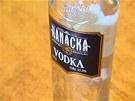 Máte ve spíži tyto lahve alkoholu? Nepít, vylít, vyhodit