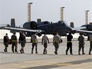Na start �ekaj� tak� A-10 Thunderbolty