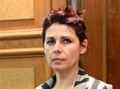 Ředitelka kladenské nemocnice Kateřina Pancová je přiváděna k Okresnímu soudu