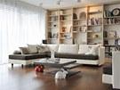 Pro interiér domu je typické mísení starších kolekcí nábytku s těmi novými, a