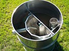 Trh dnes nabízí nejen domovní čistírny vyrobené z plastu, ale i nerezové oceli.