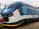 Nový motorák RegioShark byl vyvinut polskou Pesou podle po�adavk� �eských drah....