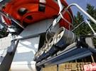 Pivo na spodn� stanici - Zat�k�vac� zkou�ka lanovky Suzuki na sjezdovce