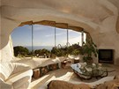 Stavba v Malibu s výhledem na Tichý oceán nabízí opravdu unikátní interiéry.