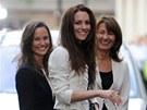 Vévodkyně z Cambridge Catherine, její sestra Pippa a matka Carole Middletonová
